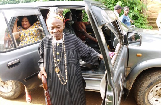 Fon of Bonatu alights from the Council van on the occasion