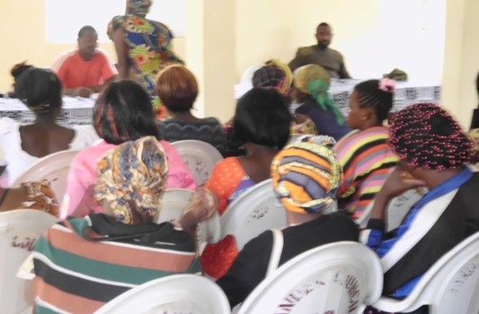 Consultative Meeting with Population of Bonatu in view of the planting of 8000 trees